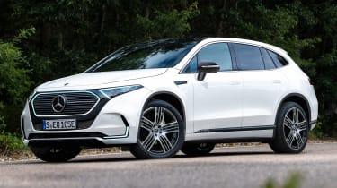 新的2022 Mercedes EQE SUV设置可达430英里范围