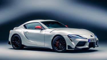 新的丰田GR宿师2.0击中英国,售价45,995英镑
