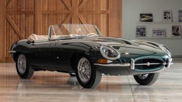 六十年的捷豹E型,标有新的60辆集合汽车